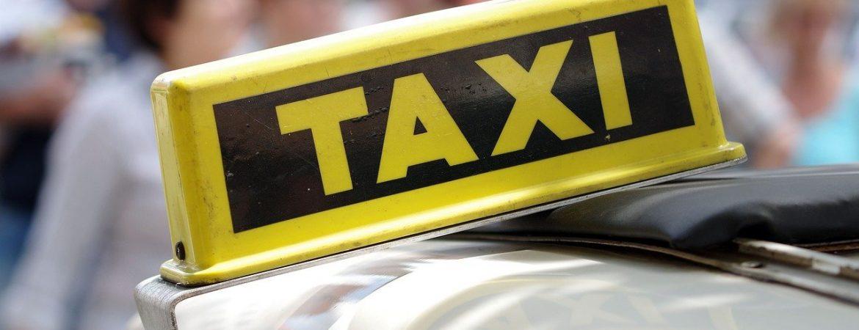 Taxi w Poznaniu – poznaj cennik oraz usługi dodatkowe oferowane przez przewoźnika Eko Taxi!