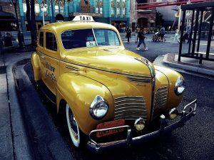 Zabytkowa taksówka