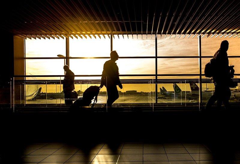 Oczekiwanie na przylot samolotu