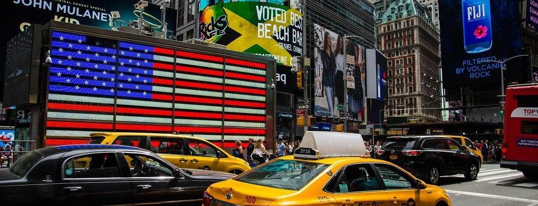 Żółte taksówki w Nowym Jorku – poznaj ich historię z Eko Taxi