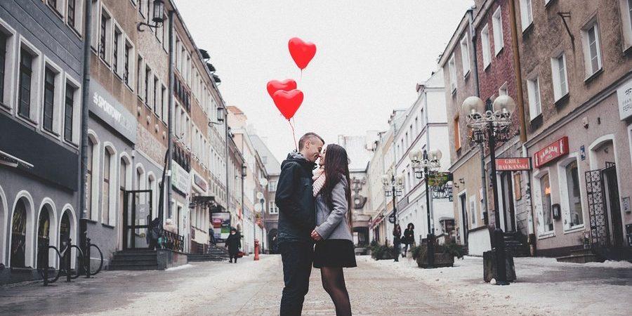 Jak zorganizować romantyczny weekend we dwoje w Poznaniu i okolicach? Eko Taxi podpowiada